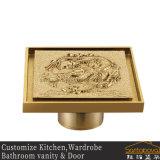 Baño con ducha de oro de drenaje de piso