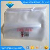 L'emballage personnalisé dépoli de sacs à fermeture éclair en PVC avec logo