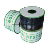 Sujetar con cinta adhesiva la utilización Driptape para la irrigación por goteo