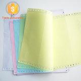 Colorear la forma sin carbono de la pila de papel