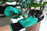 Latex-Schaumgummi-überzogener Garten, der grabenden Handschuh mit Plastikgreifern pflanzt