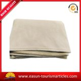 ポリエステル羊毛毛布のアクリル系の総括的な飛行中は航空会社毛布を熱販売する
