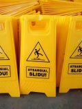 Пластиковый предупреждение влажный пол знак скользких напольных стоек (CC-CS01)