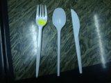 Cuchillo/fork/cuchara que hace la máquina