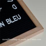 Le schede variabili della lettera di pollici della scheda 10X10 della lettera del feltro del nero comprendono il blocco per grafici bianco della quercia delle lettere della plastica