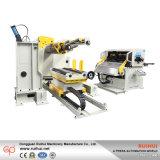 1台の機械(MAC4-1300)に付き自動Decoilerのストレートナの送り装置3台