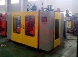 HDPE Plastik sitzt Strangpresßling-Blasformen-Maschine vor