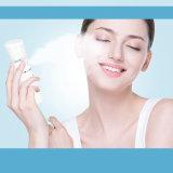 Mini vapeur électrique de face de vente chaude/vapeur tenu dans la main de massage facial d'optimums