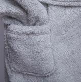 Kation-kurze Robe mit Haube