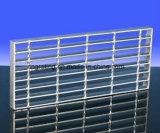 Pisadas de escalera Grating de la barra material de acero para el uso de interior y hacia fuera de la puerta