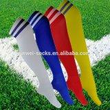 Fußball-Socke gestreiftes der Baumwollbuntes Großhandelsknie-hohen Männer