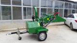 ディーゼルが付いている移動式木製の砕木機