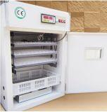 Le reptile industriel actionné solaire automatique Eggs l'incubateur