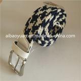 Tête en cuir blanc et de la queue, bloc d'épaisseur de la courroie de boucle en alliage