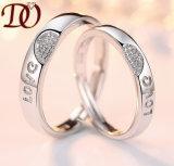 Boucles chaudes d'argent de bague de fiançailles pour la boucle de mariage de diamant des hommes et de femmes