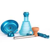 Woyu Ling ist ein Wasser-Rohr mit einer Zink-Legierung und einer Lampe des Wasser-Rauch-Gefäß-LED mit einer GlasHuka mini elektronische Cigarett Zigaretten-Glaspfeife-Huka