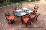 PC exclusiva 7. Cena de los muebles determinados para el jardín