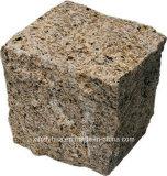 G682 Rustieke/Gele het Bedekken van het Landschap van de Kubus van het Graniet Cobble Steen op Netwerk