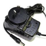 熱く交換可能な13.5W力のアダプターはとの切換えのためにプラグを差し込む