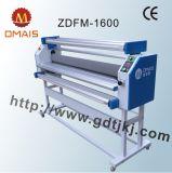 Machine de laminage à stratifié grand format automatique de la série Dmais