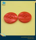 Pearl cubra os botões plásticos com 4 orifícios para mulher vestido