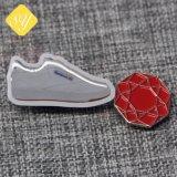 Una buena calidad precio de fábrica de zapatillas de Metal Llavero personalizado para la promoción