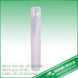 15ml PPのCosmeiticのための緑の香水のペンのびん