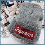 Sombreros de moda OEM Beanie tejidos 100% personalizado con logotipo bordado