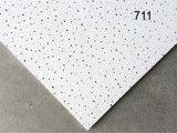 Suspendido acústica Azulejos de techo de fibra mineral en China