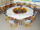 다채로운 9 아이 Kindergarten Tables와 Chairs Furniture