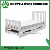 子供の家具(W-B-0040)のための固体マツ木そりベッド