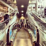 Camminata mobile a lungo termine per l'aeroporto
