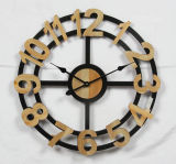 Orologio di parete del metallo dell'oggetto d'antiquariato di numero romano