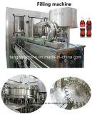 高品質の自動炭酸飲料のペットまたはガラスビンのための清涼飲料3 In1びん詰めにする機械