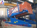 Het Laden en het Leegmaken van de aanhangwagen het Hydraulische Overhellen van de Container van de Kantelhaak van de Container