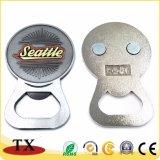 Aimant multifonctionnel de réfrigérateur en métal avec l'ouvreur