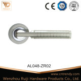 Exquisite Pattern Interior Aluminum Wooden Door Handle (AL039-ZR05)