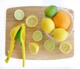 Adhérence de traitement de silicones de presse-fruits de citron de Vremi - presse manuelle de jus de pamplemousse orange sûr de lave-vaisselle pour des fruits Juicing de citrons - vert
