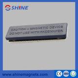Tipo plástico emblema magnético para a placa conhecida