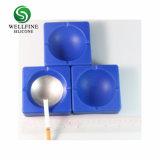 正方形の形およびシリコーン材料の灰皿