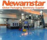 Newamstar vollautomatische rotierende flüssige Verpacken Maschinerie für Haustier-Flasche