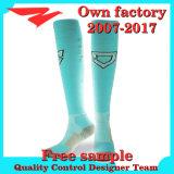 Heißer Verkaufs-Verein-Fußball trifft beste Qualitätsfußball-Socken mit Zoll hart