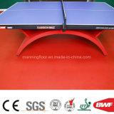 高品質の屋内赤PVCフロアーリングのビニールは卓球4.5mのための床を遊ばす
