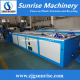 Machine de production d'extrusion de profil de PVC WPC