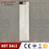 白いカラー木製のタイルの無作法なタイルによって艶をかけられる磁器のタイル
