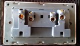 Socket Switched British Standard or Patterned Double 13A multi-fonctionnel avec Neon