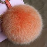 スナップと取り外し可能な15cmのキツネの毛皮のポンポンの卸売