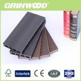 Grinwoodの木製のプラスチック合成の固体Decking