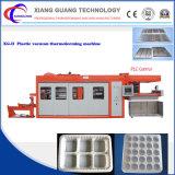 Semi automática de la máquina de contenedores de plástico termoformado con el motor servo