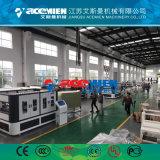1040 mm de PVC Making Machine du carreau du toit de tuiles en PVC extrudeuse